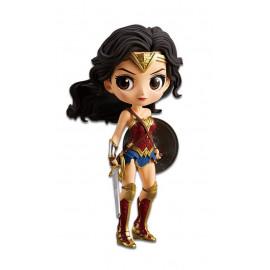 Figurine DC Comics Justice League Q Posket Wonder Woman Version A