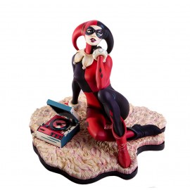 "Statuette DC Comics Harley Quinn ""Waiting For My J Man"""
