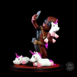 Figurine Marvel diorama Q-Fig Deadpool #unicornselfie