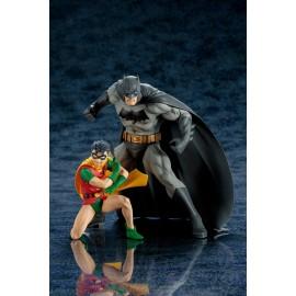 Pack de 2 figurines DC Comics ARTFX+ Batman & Robin